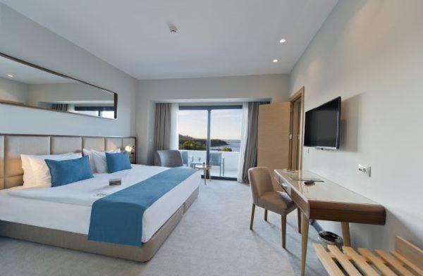 Ramada Plaza Hotel3